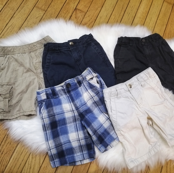 Size 4T Boys Shorts 5 pairs (Bundle #1)